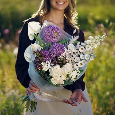 Bouquet of wild flowers 2
